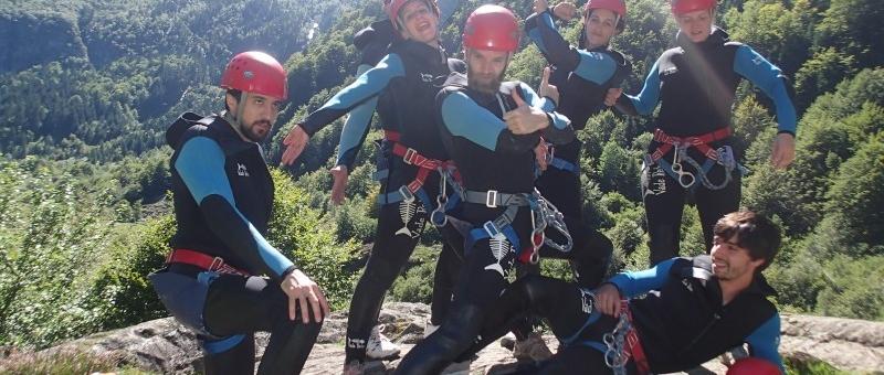 Horizon Vertical canyoning activités outdoor pleine nature Ariège Pyrénées Couserans entreprises